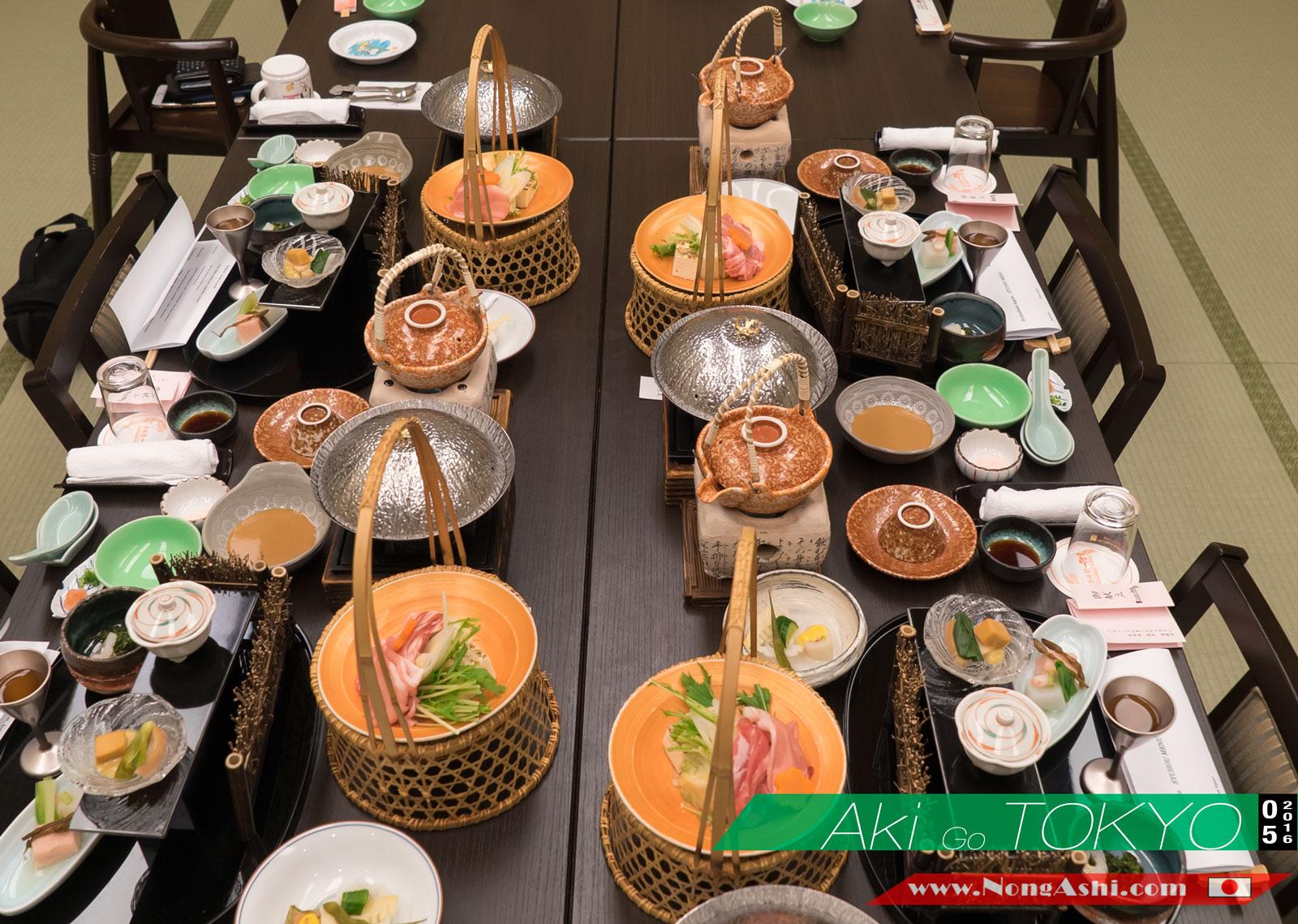 อาหารแบบไคเซกิ (Kaiseki Cuisine) ที่ทางโรงแรมเตรียมไว้