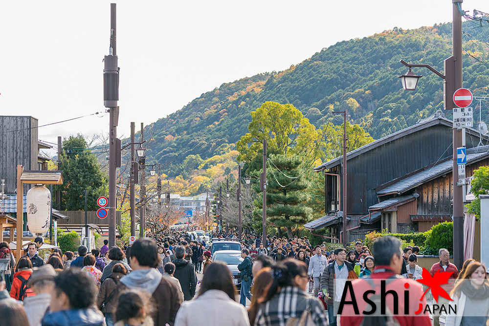 คนเหรอนี่!!!! หาร้านนั่งดีกว่า | Arashiyama